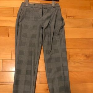 Express-Size 0 Plaid Capri pants